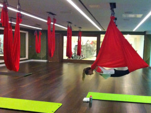 Anti-Gravity-Yoga Vampire